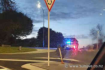 Armed police spotted on Cambridge Road - The Bay's News First - SunLive