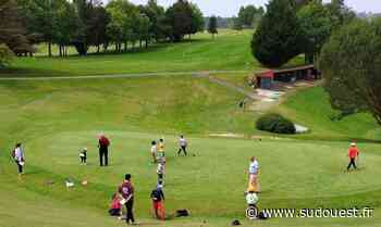 Cambo-les-Bains : à Souraïde, les enfants du centre de loisirs initiés au golf - Sud Ouest
