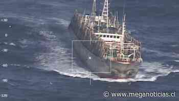Buscan calamar rojo: Armada fiscaliza a flota extranjera que se desplaza en la costa chilena - Meganoticias