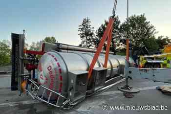E34 richting Nederland afgesloten door gekantelde vrachtwagen in Zoersel