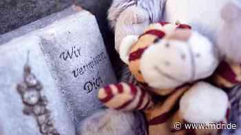 Zweijähriger aus Querfurt getötet: Kinderschutzbund fordert Konsequenzen - MDR