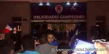Cruz Azul llega al hotel para comenzar el festejo de la novena con el club y las familias - Vamos Cruz Azul - Bolavip