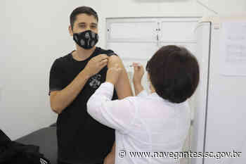 Covid-19: Navegantes imuniza 485 profissionais da educação no Dia D da vacinação - Prefeitura de Navegantes