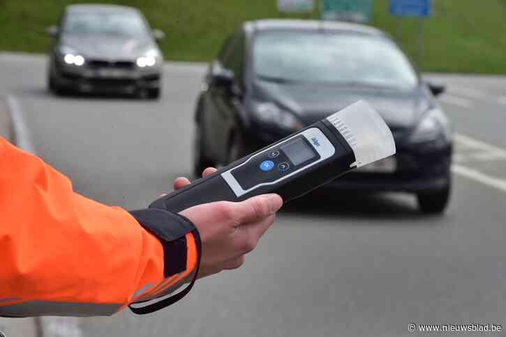 Zes bestuurders blazen positief, drie rijbewijzen ingetrokken