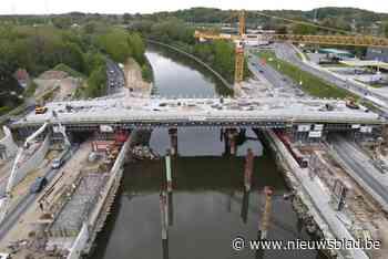 """Werken aan cruciale brug in Merelbeke zitten op schema: """"Misschien zijn ze zelfs vroeger klaar"""""""