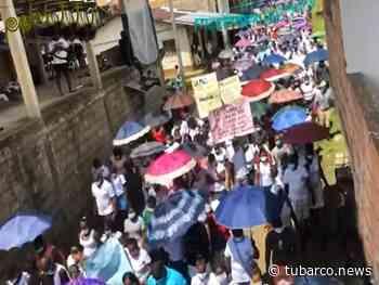 Mientras Nariño protesta por el paro nacional, Roberto Payán se movilizó por la paz - TuBarco