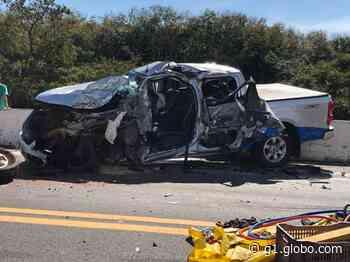 Motorista de caminhonete morre após batida com caminhão em Osvaldo Cruz - G1