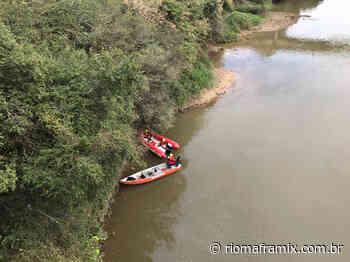 Bombeiros realizam operação de busca no rio Negro - Riomafra Mix