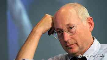 """""""Zeitreise"""": Stefan Aust stellt Autobiografie vor - NDR.de"""
