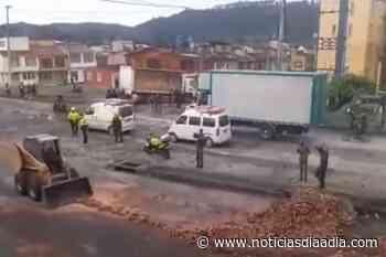Ejército y Policía limpiaron las calles de Facatativá, Cundinamarca - Noticias Día a Día