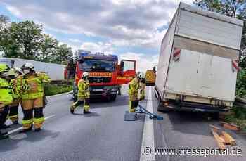 FW Grevenbroich: LKW verliert Hinterreifen auf Autobahn / Fahrzeug droht umzustürzen - A46 Richtung... - Presseportal.de
