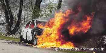 Au Vaudreuil, un conducteur surpris en train de mettre le feu à son véhicule - Paris-Normandie