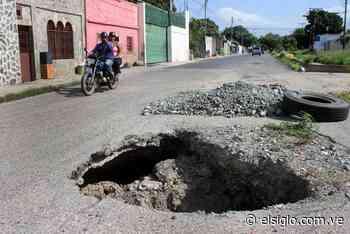 Derrumbe de tuberías generaron enormes huecos en Bella Cagua - Diario El Siglo