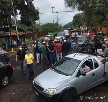 Monagas   Conductores y productores trancan Caripe para exigir gasolina - El Pitazo