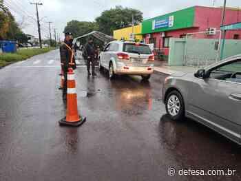 Exército apoia vacinação contra a covid-19 em Alegrete (RS) #EBpreservandovidas - Defesa - Agência de Notícias