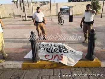 Restos animales y manta contra el PRI en el Centro Histórico de Campeche - El Diario de Yucatán