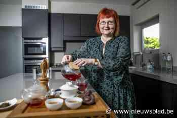 'Theemissionaris' Inge maakt klanten wegwijs in wereld van theeën en infusies - Het Nieuwsblad