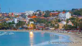 En Puerto Escondido también hay playas bastante tranquilas para toda la familia - www.nssoaxaca.com