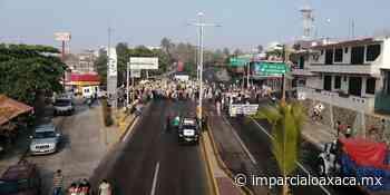 [5:58 horas] Advierten15 días de bloqueos en Puerto Escondido - El Imparcial de Oaxaca