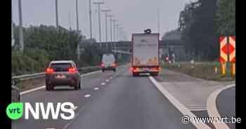 """BEKIJK - Vrachtwagenbestuurder probeert """"bandengooiende indringer"""" af te schudden op E34 in Stekene - VRT NWS"""