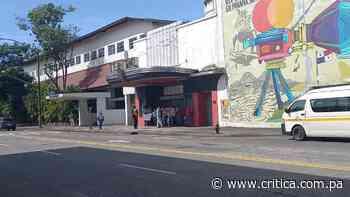 Artistas protestan en defensa del Teatro Balboa [Video] - Crítica Panamá