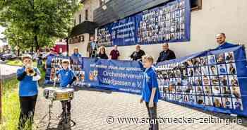 Orchesterverein Wadgassen macht mit Poster-Aktion auf sich aufmerksam - Saarbrücker Zeitung