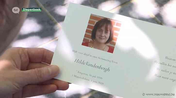 Diepenbeekse Annick is vrijwilligster in vaccinatiecentrum om overleden zus te eren