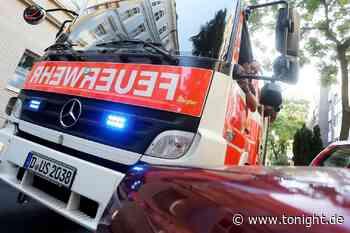 Autofahrer muss nach schlimmen Unfall von der Feuerwehr befreit werden – hatte er getrunken? - Tonight News