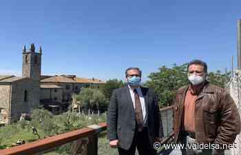 Sulle mura di Monteriggioni con il sindaco Frosini e l'assessore alla cultura Valenti - Valdelsa.net
