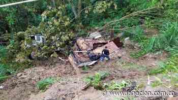 Un camión se volcó en zona rural de Garzón • La Nación - La Nación.com.co