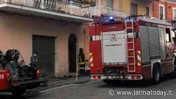 Incendio in casa: vigile del fuoco fuori servizio salva un'anziana dalle fiamme - LatinaToday
