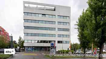 Bezirksgericht Dietikon - «Ich habe mich nie als Rechtsanwalt ausgegeben» – Pseudo-Anwalt ohne Patent muss Busse zahlen - Limmattaler Zeitung