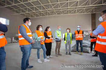 Guastalla, tempi rispettati: il nuovo palasport pronto a novembre. FOTO - Reggionline