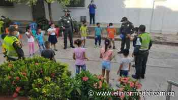 Niños de El Banco y Pivijay disfrutaron de una actividad de Cine al Parque - El Informador - Santa Marta