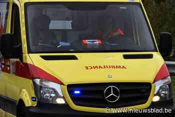 Twee auto's botsen in Opeindestraat in Kortessem - Het Nieuwsblad