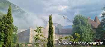 Annecy-le-Vieux : une ferme touchée par un grand incendie - lessorsavoyard.fr