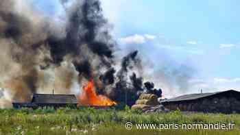 Près de Saint-Valery-en-Caux, un bâtiment agricole entièrement détruit par un incendie - Paris-Normandie