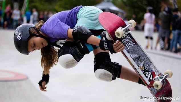 Skateboard-Sensation aus Berlin: Lilly Stoephasius ist mit dem Brett verwachsen - Sport - Tagesspiegel
