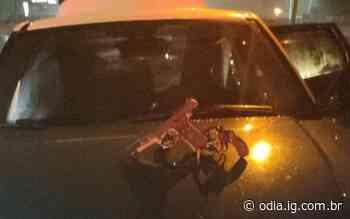 Dupla troca tiros com policiais e acaba presa em Duque de Caxias - Jornal O Dia