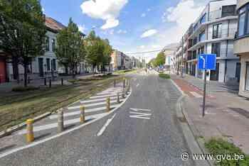 Fietsster (31) zwaargewond na aanrijding met tram (Berchem) - Gazet van Antwerpen
