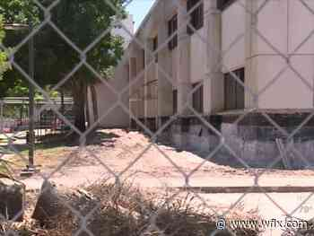 PBSO employees concerned about mold, asbestos during renovation - wflx
