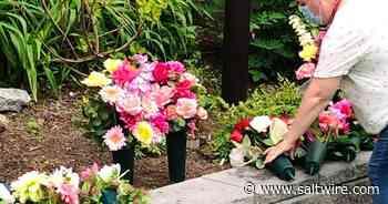 Shelburne floral designer creates memorial bouquets for Nova Scotia's victims of COVID-19 | Saltwire - SaltWire Network