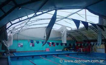 Independiente de Burzaco realiza una rifa para arreglar el techo del natatorio - Noticias De Brown