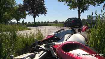 Barsinghausen: Motorradfahrer stirbt bei Kollision mit Auto - NDR.de