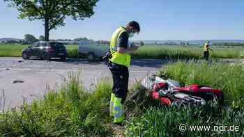 Barsinghausen: Motorradfahrer stirbt bei Unfall - NDR.de