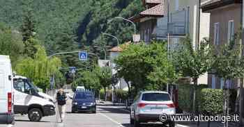 Laives: investimento sfiorato, rabbia in via Sottomonte - Alto Adige