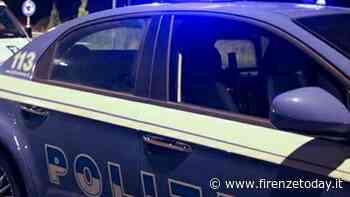 Sorpresi mentre rubano su una vettura fuggono dalla polizia in auto e a piedi: conducente arrestato nel parco - FirenzeToday