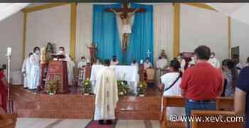 Tabasco Asume Padre Gustavo Reyes como nuevo párroco de San Juan Bautista en Villa Chablé Por - XeVT 104.1 FM | Telereportaje