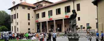 """Carate Brianza celebra il """"battesimo civico"""" dei maggiorenni durante la festa della Repubblica - Il Cittadino di Monza e Brianza"""