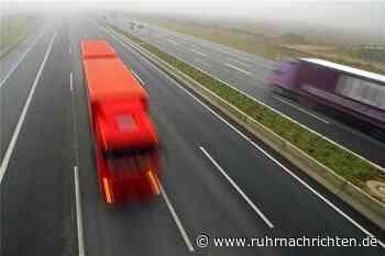 A42 Richtung Kamp-Lintfort gesperrt: Unfall mit zwei Lastwagen - Ruhr Nachrichten